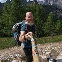 Tumore al pancreas, Andrea Spinelli: «Mi avevano dato 20 giorni di vita, in 7 anni ho camminato 18mila km»